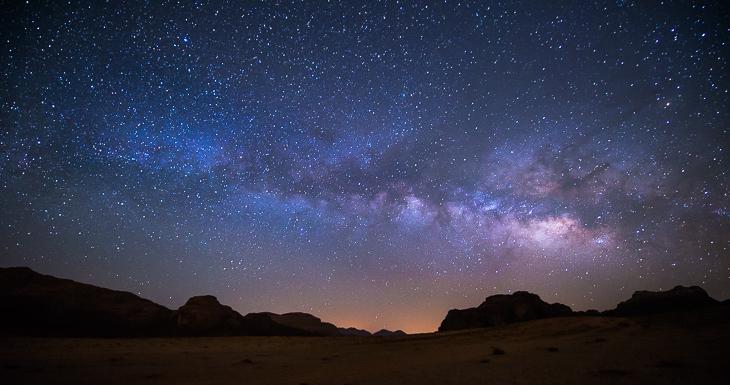 Die Milchstraße über Jordanien