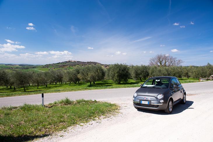Mit einem Fiat 500 durch die Toskana