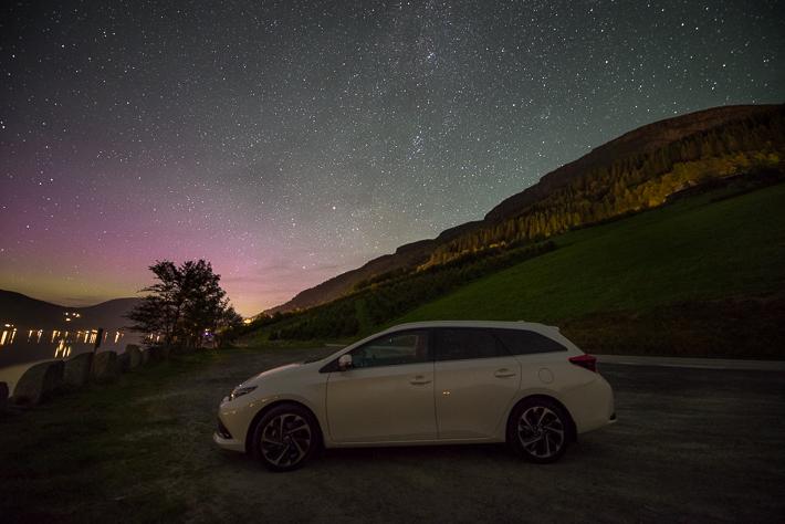 Unser Toyota Auris unter dem norwegischen Sternenhimmel