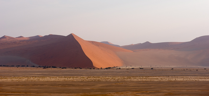 Sonnenaufang in der Namib