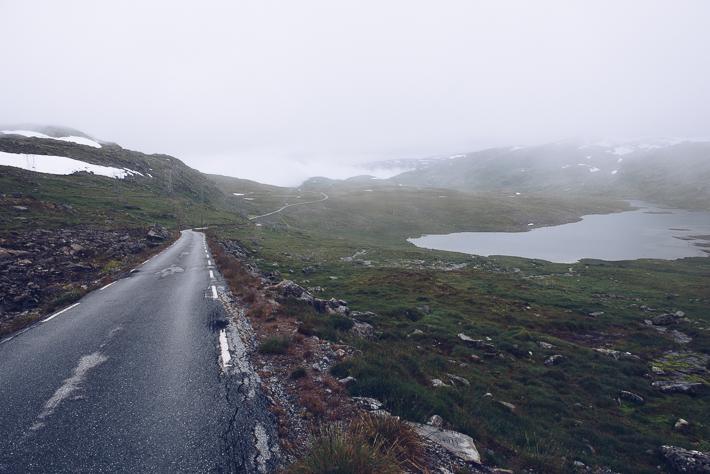 Nebel auf der Landschaftsroute