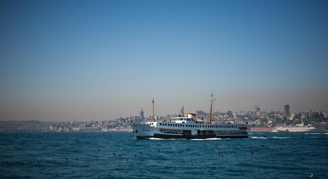 Die Bosporus Fähren