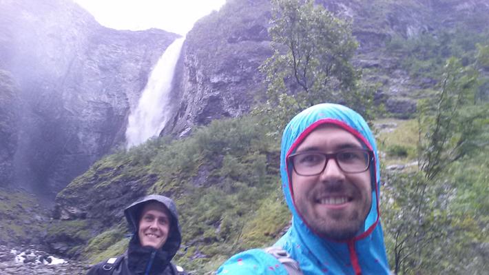 Kostenlose Regendusche auf dem Rückweg vom Vettisfossen