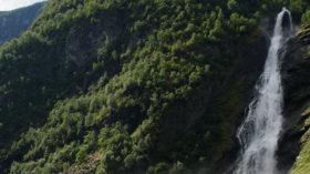 Wanderung-Vettisfossen