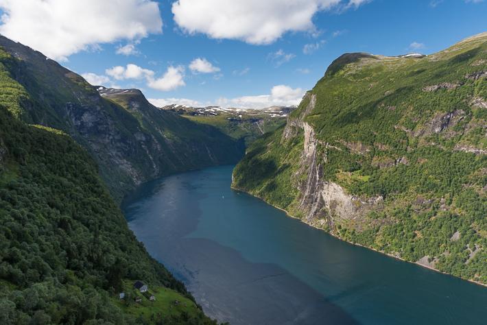 Der Blick auf die sieben Schwestern und in den Geiranger Fjord
