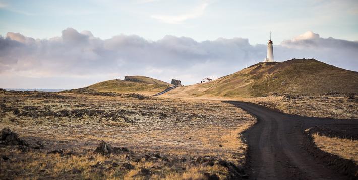 Der Leuchtturm Reykjanesviti im November 2013