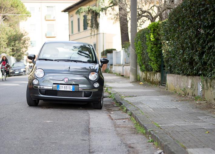 Parken an der Straße - hier kein Problem